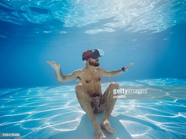 Vr headset sensory experience underwater