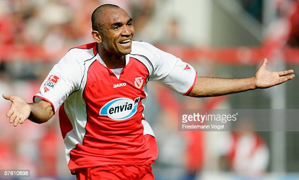 Vragel da Silva of Cottbus celebrates after the second goal during the Second Bundesliga match between Energie Cottbus and 1860 Munich at the Stadion...