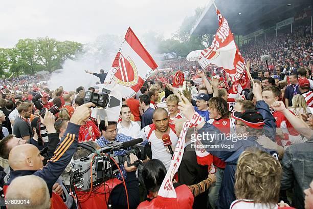Vragel da Silva of Cottbus celebrates after the winning Second Bundesliga match between Energie Cottbus and 1860 Munich at the Stadion der...