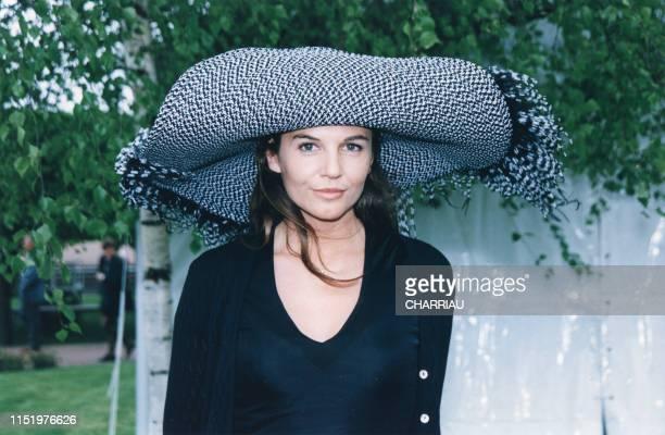 Véronika Loubry lors du Prix du Muguet à l'hippodrome de StCloud le 1er mai 1998 France