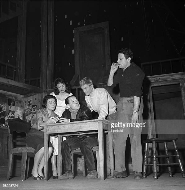 Vu du pont by Arthur Miller Marcel Ayme's adaptation Directed by Peter Brook Lila Kedrova Evelyne Dandry Marcel Bozzuffi Jose Varella and Raf Vallone...
