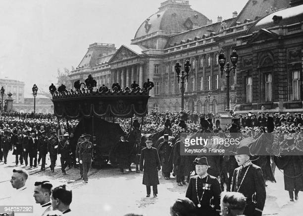 Vu e du corbillard devant le Palais royal lors des obsèques de la Reine Astrid de Belgique tuée dans un tragique accident de voiture le 3 septembre...