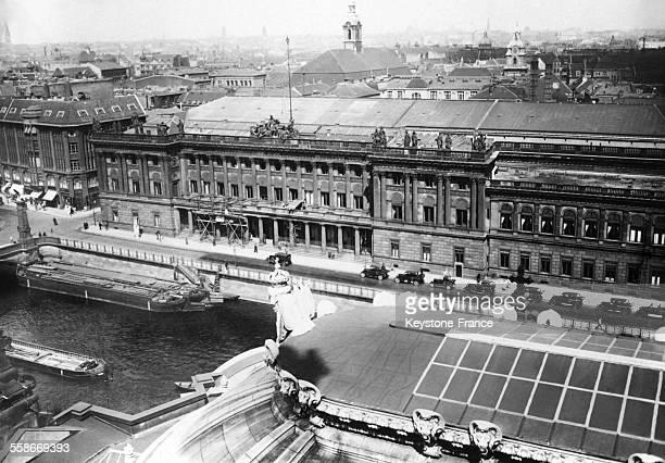 Vue de la bourse au moment de la crise financière allemande à Berlin Allemagne le 14 juillet 1931