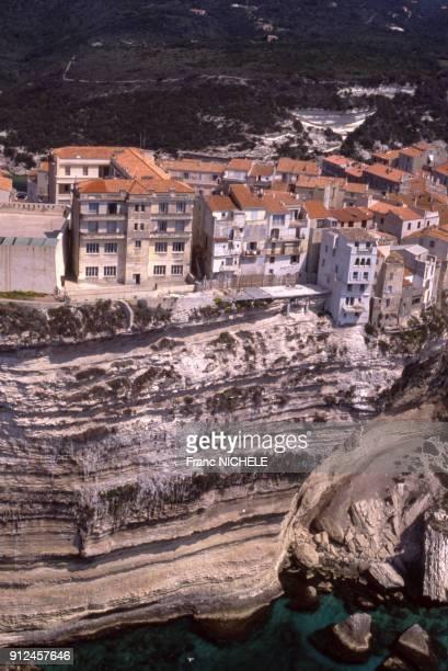 Vue de la ville de Bonifacio en CorseduSud France