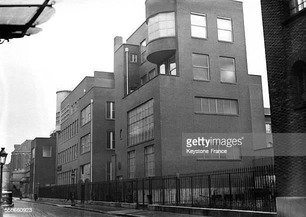 Vue de l'Institut de biologie physicochimique rue Pierre Curie à Paris France le 10 février 1931