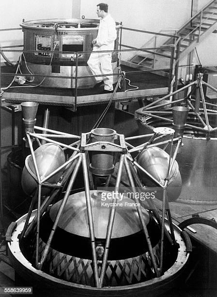 Vue du troisième étage de la fusée Europe 1 construite en collaboration entre l'Allemagne la France et la Grande Bretagne à Munich Allemagne le 10...