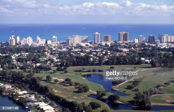 Vue d'un terrain de golf a Miami, en Floride, Etats-Unis.