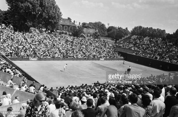 Vue générale du stade Roland Garros à Paris France le 2 juin 1968