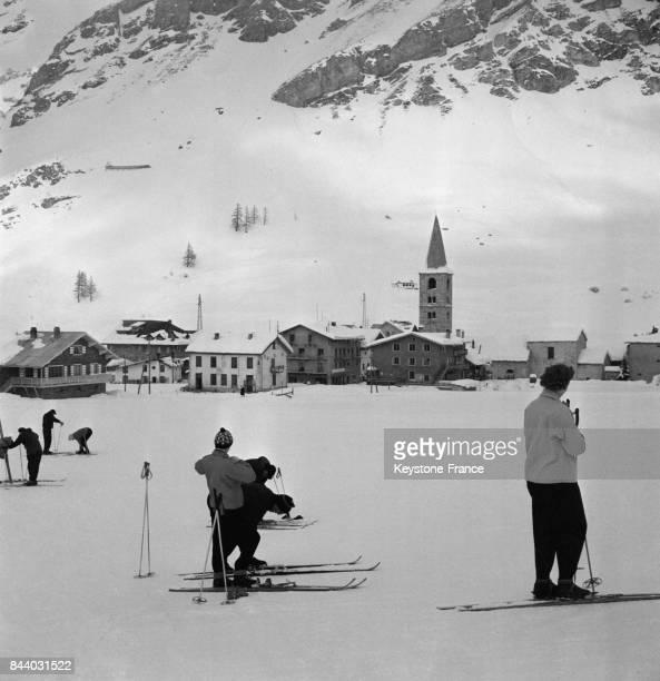 Vue générale du Val d'Isère France en février 1956