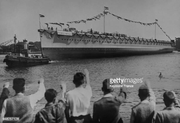 Vue générale pendant le lancement du nouveau croiseur allemand 'Admiral Graf Spee' à Wilhelmshaven Allemagne le 2 juillet 1934
