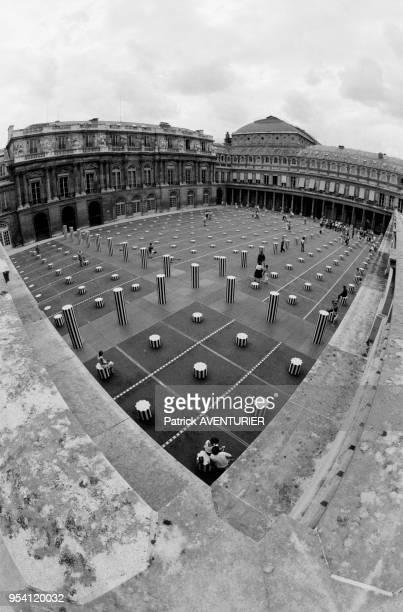 Vue générales des Colonnes de Buren à Paris le 9 aout 1986 France