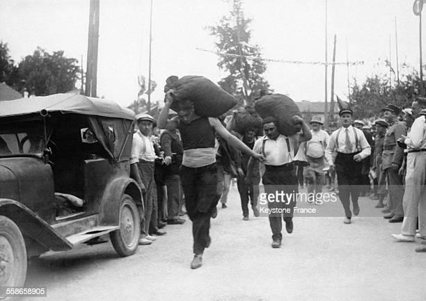 Vue pendant la course des charbonniers à Aulnay-sous-Bois, France.