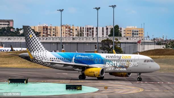 EC-MLE Vueling Airbus A320-200 (25 years Disneyland Livery)