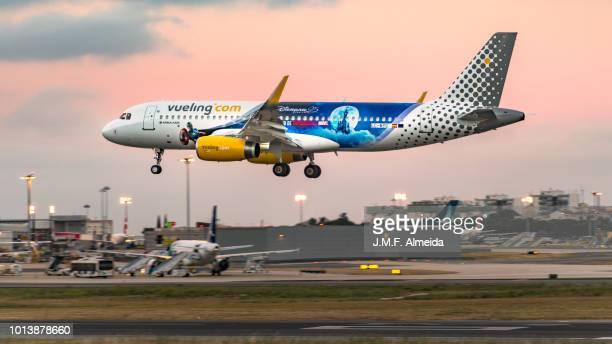 EC-MYC Vueling Airbus A320-200 ( (Disneyland Paris Livery)