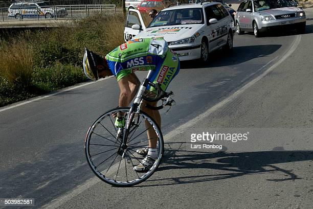 Vuelta Valenciana 1 etape Claus Michael Moeller MAIA med defekt