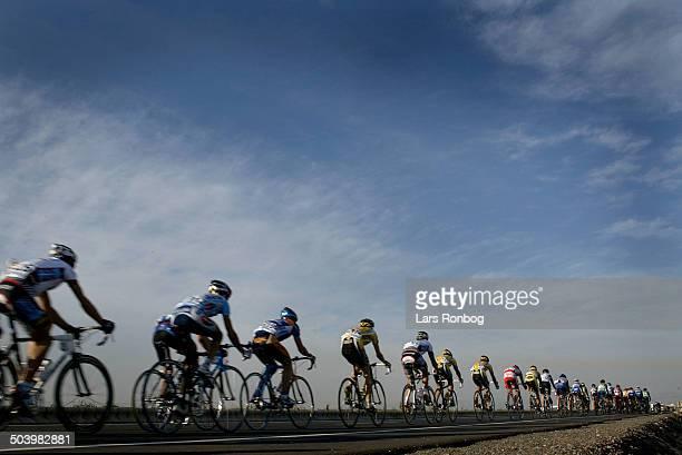 Vuelta Valenciana 2 etape Feltet paa vej mod Castellon