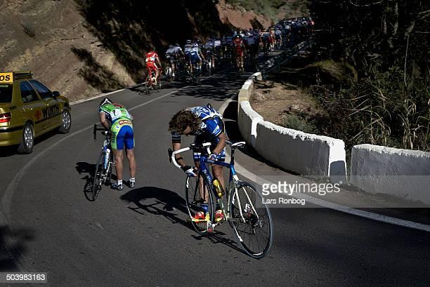 Vuelta Valenciana 2 etape Styrt og feltet er paa vej vaek