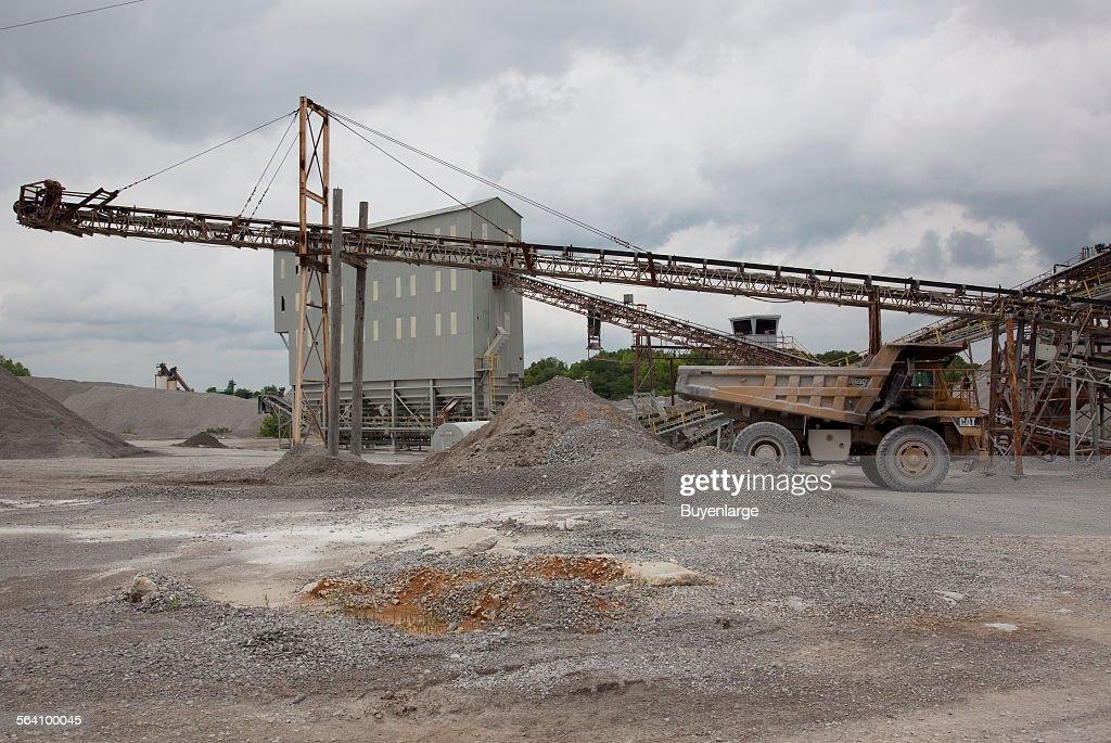 Vulcan Materials Company limestone quarry, Tuscumbia