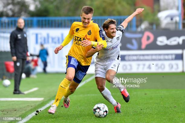 2 527 Players Of Waasland Beveren Photos And Premium High Res Pictures Getty Images