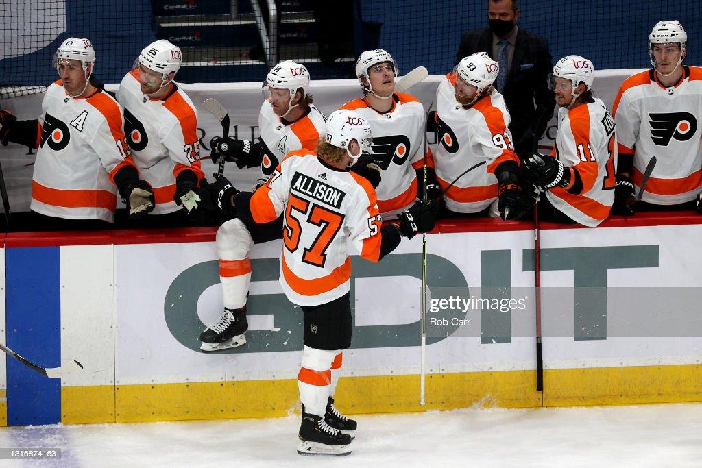 Philadelphia Flyers v Washington Capitals : Photo d'actualité