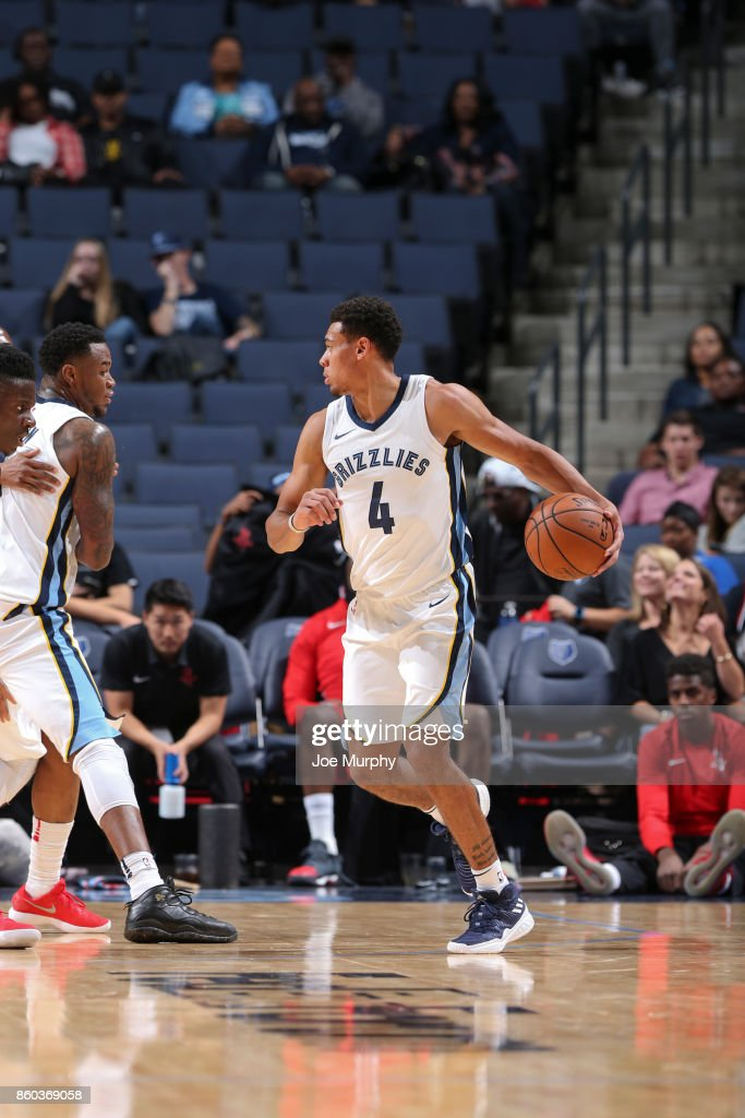 Wade Baldwin IV #4 of the Memphis Grizzlies handles the ball during a preseason game against the Houston Rockets on October 11, 2017 at FedExForum in Memphis, Tennessee.