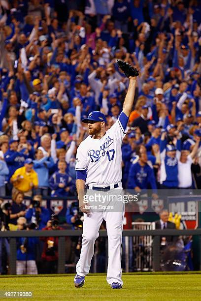 Wade Davis of the Kansas City Royals celebrates defeating the Houston Astros 72 in game five of the American League Divison Series at Kauffman...