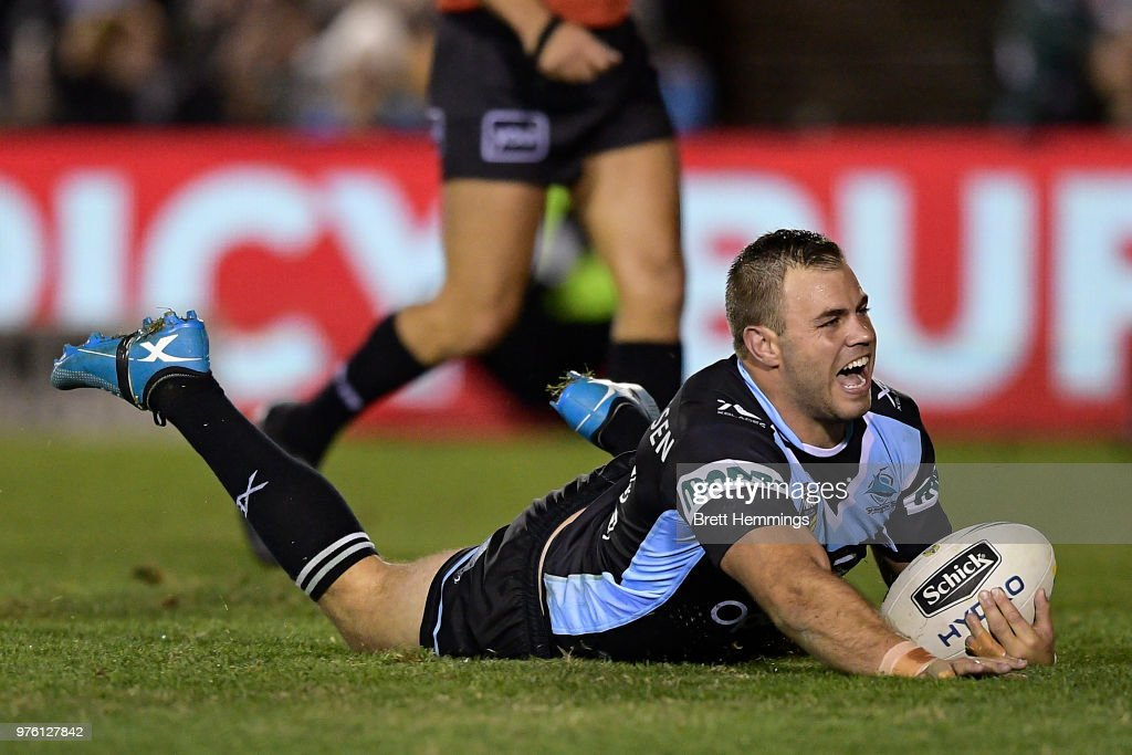 Wade Graham of the Sharks scores a try during the round 15 NRL match between the Cronulla Sharks and the Brisbane Broncos at Southern Cross Group Stadium on June 16, 2018 in Sydney, Australia.