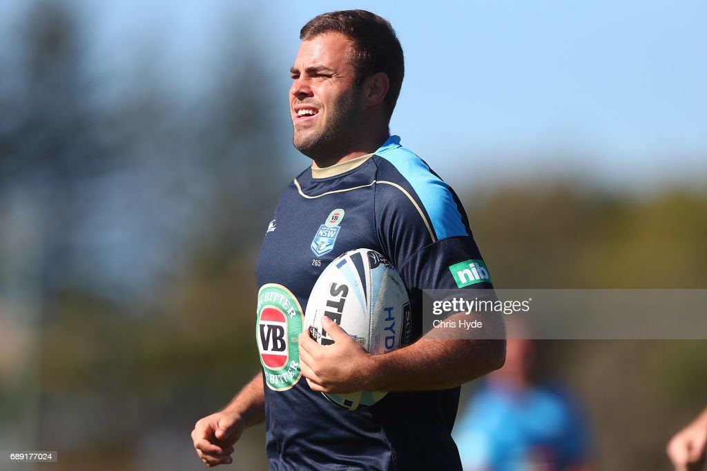 Wade Graham runs the ball during a New South Wales Blues Origin training session at Cudgen Leagues Club on May 28, 2017 in Kingscliff, Australia.