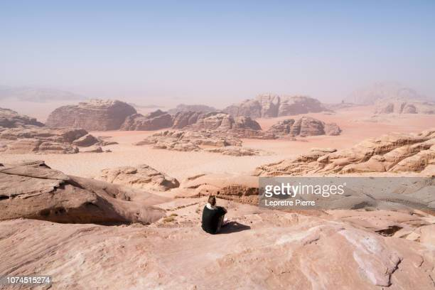 wadi rum (views across to saudi arabia) - sandstone stock pictures, royalty-free photos & images