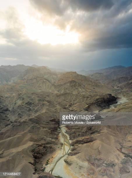 wadi saba canyon, danakil depression, afar, ethiopia, africa - landelement stockfoto's en -beelden