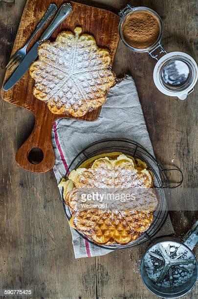 Waffles with cinnamon and icing sugar
