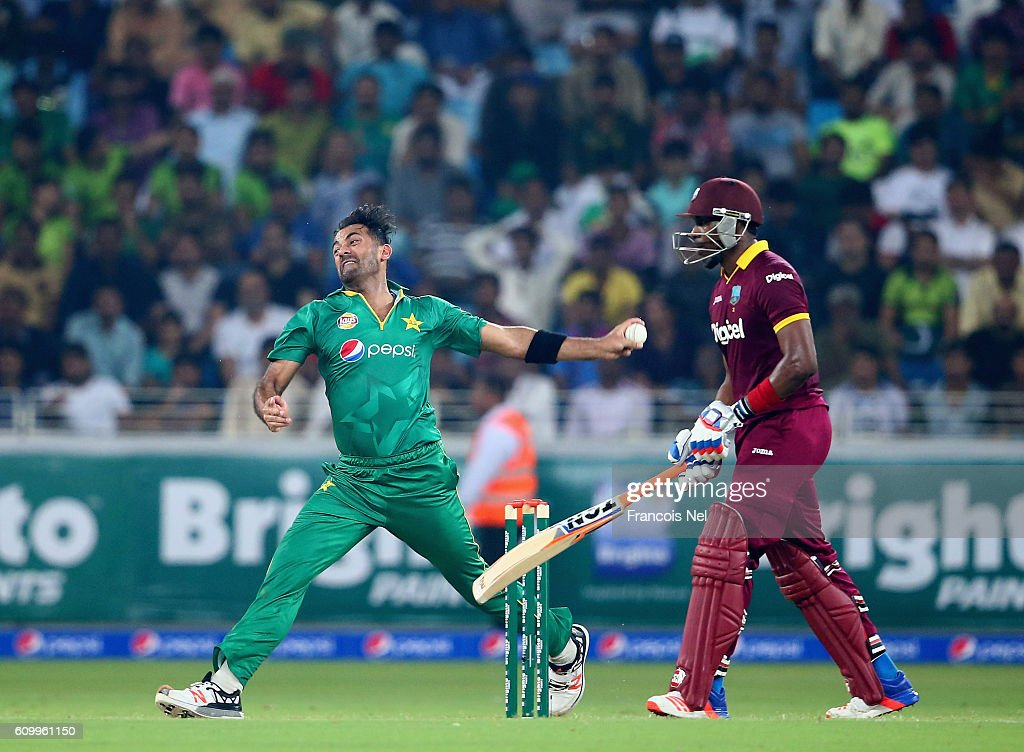 Wahab Riaz of Pakistan bowls during the first T20 International