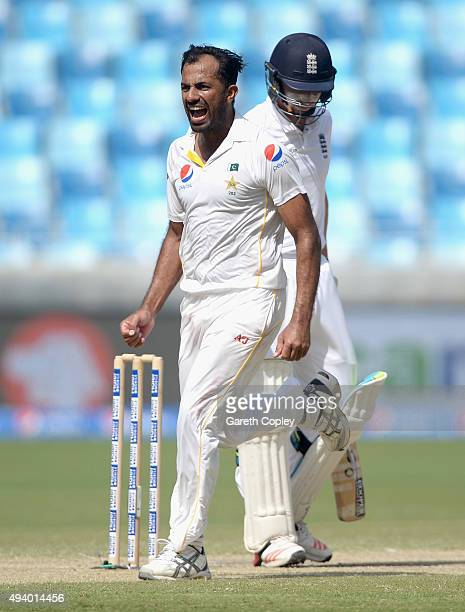 Wahab Riaz of Pakistan celebrates dismissing Jos Buttler of England during day three of the 2nd test match between Pakistan and England at Dubai...