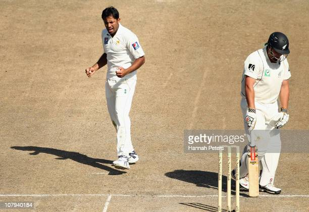 Wahab Riaz of Pakistan celebrates the wicket of Jesse Ryder of New Zealand during day three of the First Test match between the New Zealand Black...