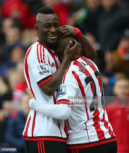 Wahbi Khazri of Sunderland celebrates scoring with Dame NâDoye during the Barclays Premier m/ match between Sunderland and Manchester United at The...