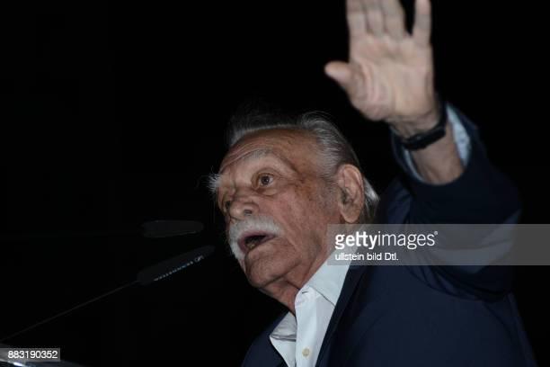 Wahlkampf für die vorgezogene Wahl am 20 September 2015 Kandidat Manolis Glezos von LAE Laiki Enotita