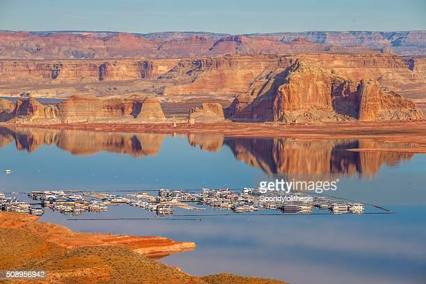 wahweap marina lake powell, page, arizona - powellmeer stockfoto's en -beelden