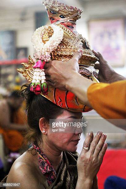 Wai Khru ceremony during the Tatto Festival in Nakhon Pathom province of Thaialand. The centuries old Thai tradition dates back to the time when...