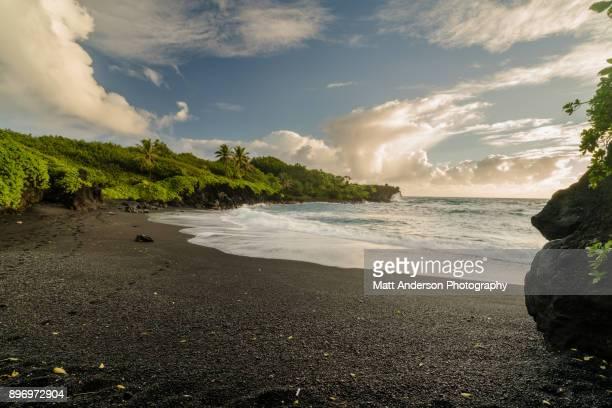 waianapanapa beach #1 - punalu'u_beach stock pictures, royalty-free photos & images
