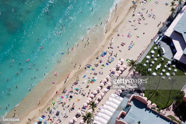 waikiki beach - ワイキキビーチ ストックフォトと画像