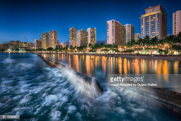 waikiki beach surf break - waikiki stock pictures, royalty-free photos & images