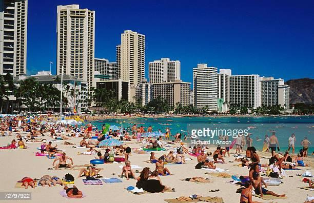 waikiki beach, waikiki, united states of america - ワイキキビーチ ストックフォトと画像