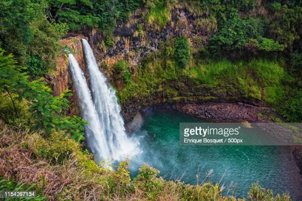 wailua falls - water fall hawaii stock pictures, royalty-free photos & images