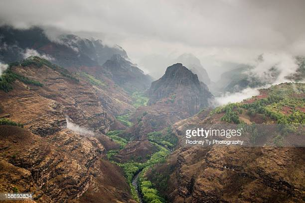 waimea canyon during helicopter ride - waimea canyon stock pictures, royalty-free photos & images