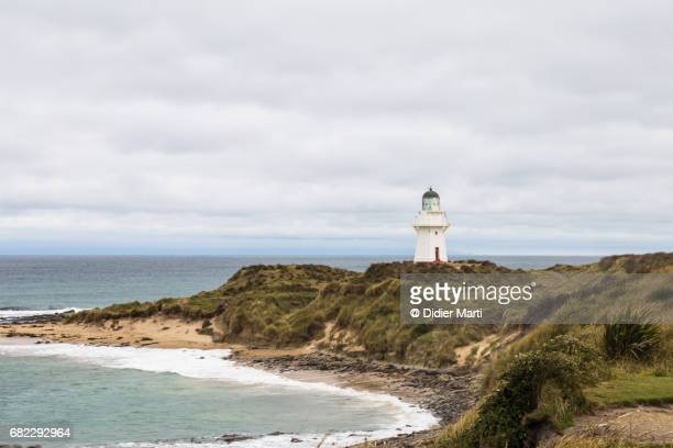 waipapa point lighthouse in new zealand south island - southland new zealand stock pictures, royalty-free photos & images