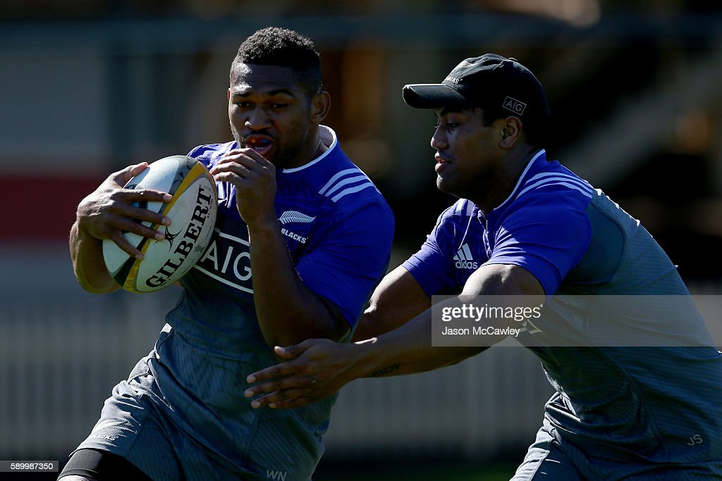 Waisake Naholo (left) of the All Blacks during a New Zealand All Blacks training session at North Sydney Oval on August 16, 2016 in Sydney, Australia.