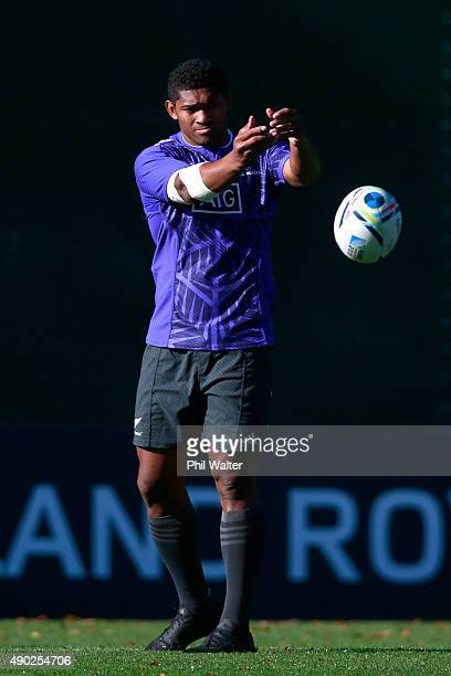 Waisake Naholo of the All Blacks warms up during a New Zealand All Blacks training session at Sophia Gardens on September 27 2015 in Cardiff United...