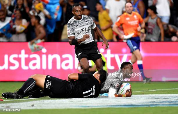 Waisea Nacuqu of Fiji scores a try during the 2020 Sydney Sevens match between Fiji and New Zealand at Bankwest Stadium on February 01, 2020 in...