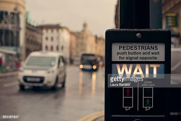 Wait (pedestrian traffic lights)