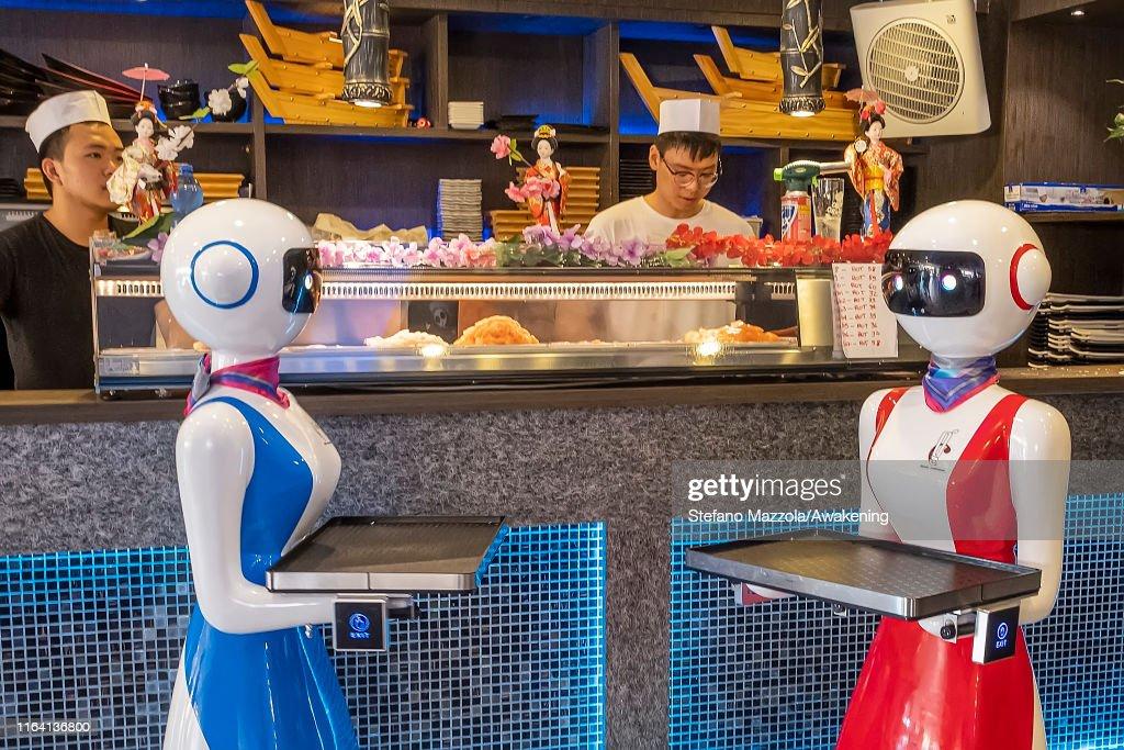 Robot Waiters In Rapallo : News Photo